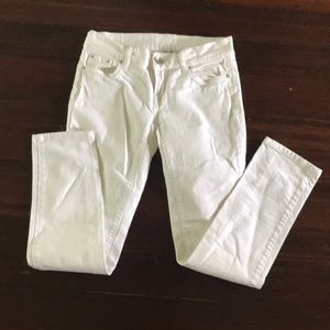 White low rise jeans by BENETTON. Size 2.